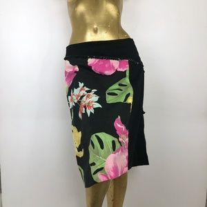 Floral A Line Skirt Womens 10 Black Pink Flowers